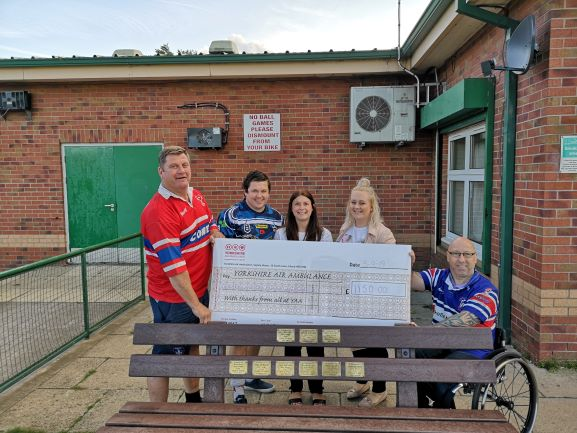 Charity rugby match raises £1,150 for YAA!