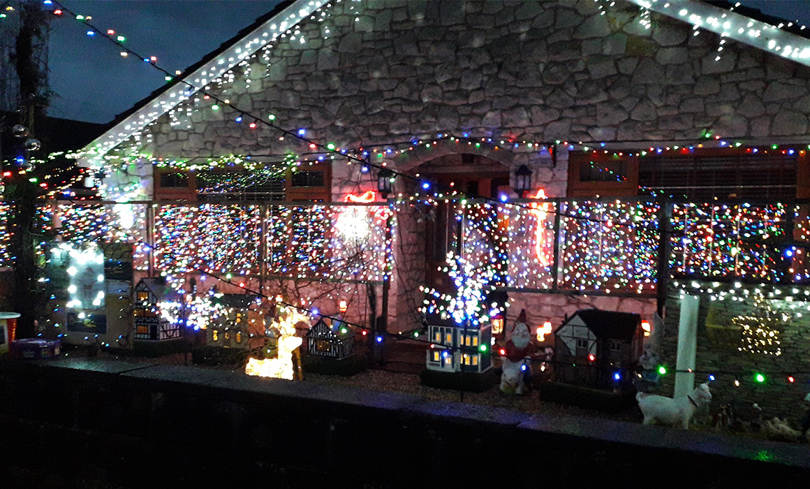 Image of Wilf & Marjorie Gill's House with Christmas Lights
